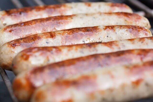 Bruzzzler wirbt mit Atze Schröder für Hanf-Bratwurst