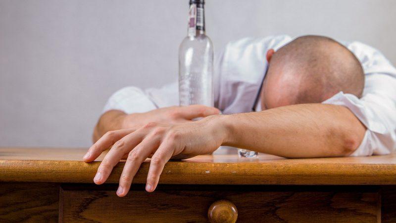 CBD bei Alkohol und Kokainabhaengigkeit